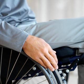 Ventimiglia, dopo i due casi di Covid-19 al plesso di via Roma alcuni genitori di alunni disabili costretti a non mandare i propri figli a scuola