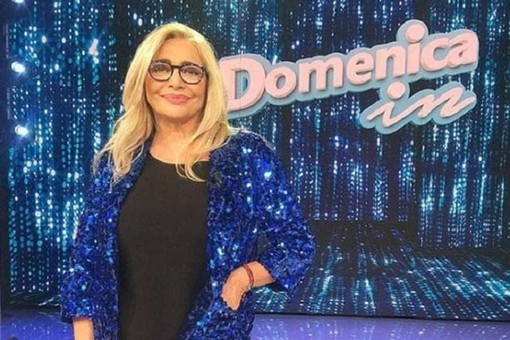 'Domenica In' con Mara Venier all'Ariston di Sanremo