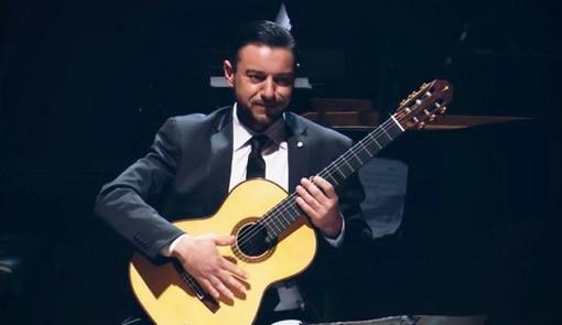 Concerto del chitarrista Diego Campagna a Villa Ormond di Sanremo