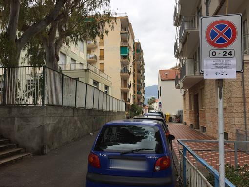 Taggia: mancano dei documenti, rimandati i lavori di demolizione dell'ex scuola Papa Giovanni (Foto)