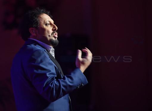 Sanremo: rinviato ad aprile 2021 lo spettacolo di Enrico Brignano previsto domani all'Ariston