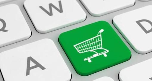 Il lockdown favorisce l'e-commerce, notevole crescita delle vendite