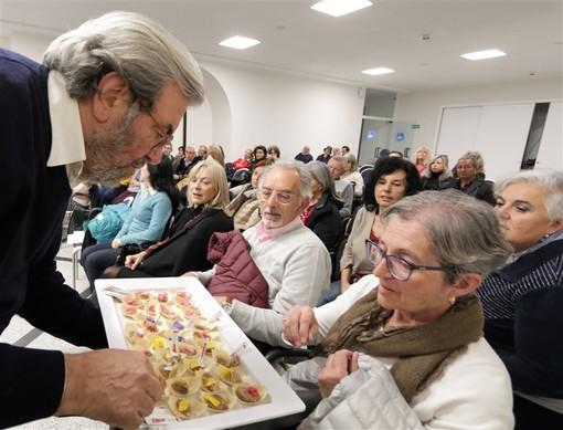 Prosegue con successo il primo Festival della Cucina con i fiori: il programma di oggi e in gallery le foto di ieri