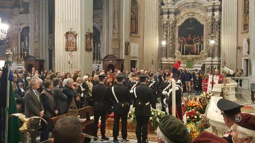"""Imperia: celebrati i funerali di Antonio Zappatore, Suetta: """"Non insistiamo sul perché, una risposta non c'è stata neanche nel suo cuore"""" (foto)"""