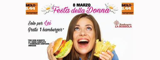 Al Molo 8.44 l'8 marzo un hamburger gratis a tutte le donne