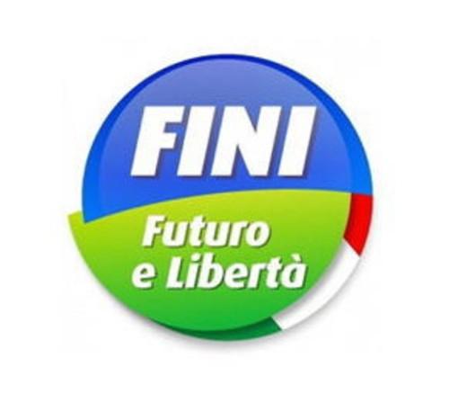 Sanremo: botta e risposta all'interno del partito, Gianni Calvi e Roberto Pardini abbandonano FLI