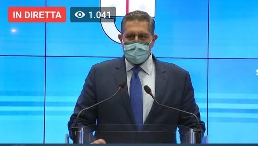 "Coronavirus, Toti: ""Affluenza ospedali riguarda malati a bassa o media intensità di cura"", a Genova Bucci instaura le zone di 'alta attenzione'"