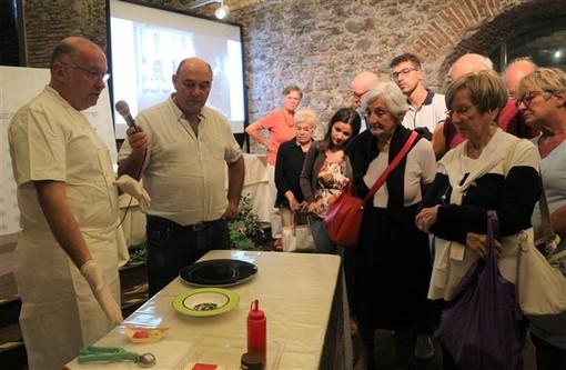 Sanremo Santa Tecla: grande successo per il fotografo Alfredo Moreschi e il maestro gelatiere Alessandro Racca presenti a Genius Loci
