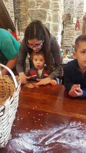 Taggia: gita alla fattoria didattica di Agaggio per i bimbi del nido Le Bollicine
