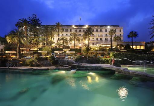 Sanremo: nuova buona notizia per il turismo, da quest'anno l'hotel Royal potrebbe tornare ad aprire a dicembre
