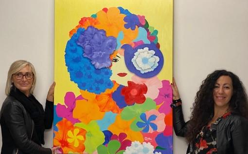L'assessore Silviana Ormea con l'artista Houda Bakkali