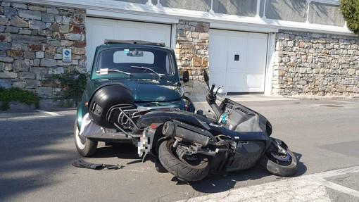 Imperia: scontro tra auto e scooter alla Spianata, ex bomber dell'Imperia Celella al pronto soccorso