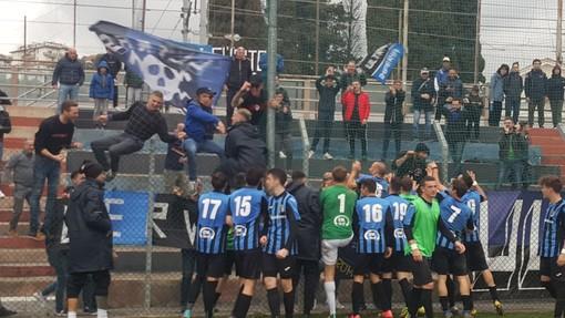 Imperia batte Alassio FC 2-0 ed è 3-3 tra Campomorone e Sestri Levante: scatta la festa neroazzurra