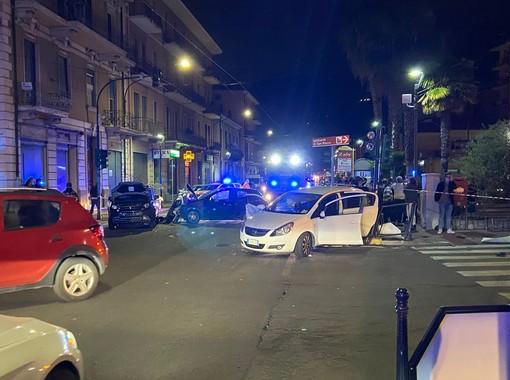 Vallecrosia, grave incidente sull'Aurelia: tre le auto coinvolte e quattro i feriti (foto)
