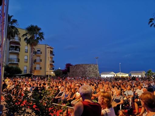 San Bartolomeo al Mare: M&T Festival, ieri il trionfo della SuperBand, stasera lo straordinario Gegé Telesforo