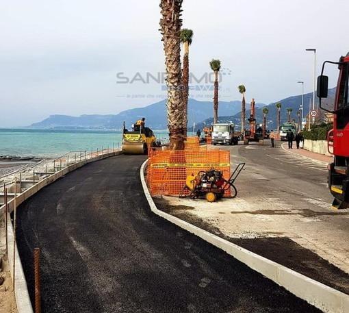 Ventimiglia: cantiere della ciclabile fermo e diversamente abile non può recarsi in spiaggia, la denuncia