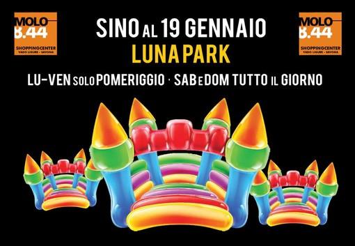 Non solo saldi e #shoppingexperience al Molo 8.44: spazio per i più piccoli il Luna Park fino al 19 gennaio
