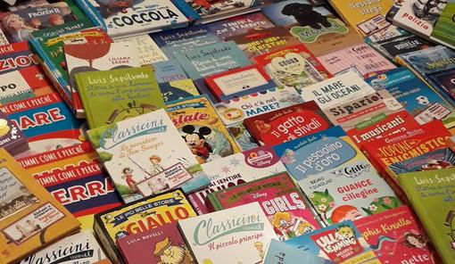 I ringraziamenti dell'Istituto Comprensivo Sanremo Levante a Biblioteca civica e alla Giunti per donazione libri
