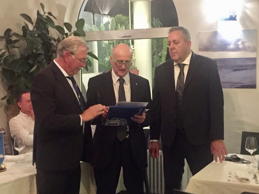 Al Lions club CapoNero Host, cerimonia di ingresso per l'imprenditore Giovanni Amalberti