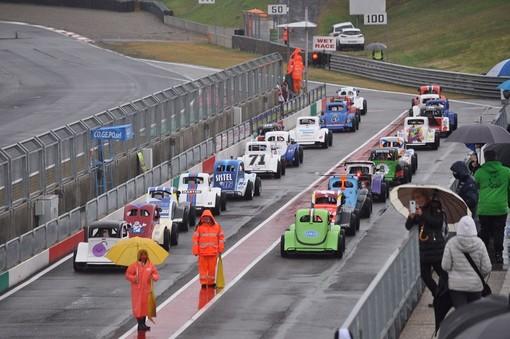 La pioggia non ferma il Team Legend Cars Sanremo sul circuito Internazionale di Riccardo Paletti
