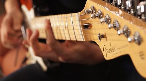 Classica, acustica o elettrica? Come scegliere la giusta chitarra