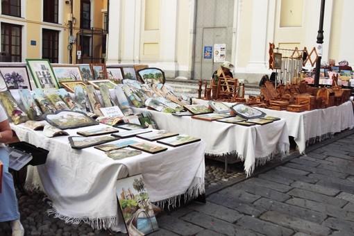 Sanremo: per il 'Lunedì di Pasquetta', mostra mercato di prodotti artigianali in Piazza Borea D'Olmo