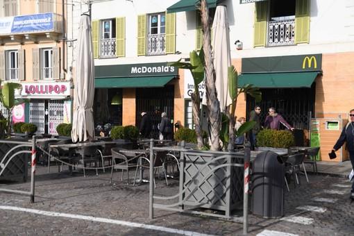 """Ha chiuso il McDonald's di Sanremo: il ricordo dei dipendenti """"Un ambiente lavorativo che sapeva di casa"""""""