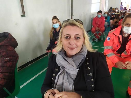 """Coronavirus, la testimonianza della moglie di Claudio Ghiglione, stroncato dal covid: """"A tutti dico, non sottovalutiamo il virus"""" (video)"""