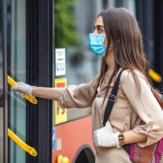 Dalla Costa Azzurra: aumenta il tasso di incidenza, mascherine obbligatorie e coprifuoco dietro l'angolo