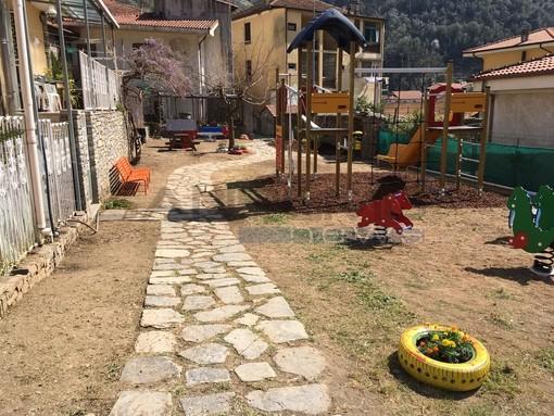Badalucco torna ad avere un'area giochi per bambini, consegnato il nuovo spazio di via Toscanini