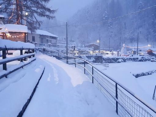 Abbondante nevicata a Verdeggia, le foto del nostro lettore Cristian Alberti