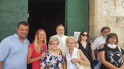 """Viaggio nelle frazioni di Imperia, appello per il restauro dell'Oratorio di Santa Maria Maddalena a Molini di Prelà, il parroco: """"Chiese della vallata in stato pietoso"""" (Foto e video)"""