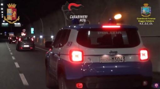 'Ndrangheta, arrestato a Riva Ligure un 50enne: durante il blitz trovato con un'arma con il colpo in canna