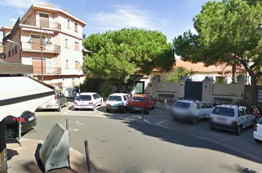 Sanremo: pedoni a rischio nei pressi di Piazza S.Bernardo, una residente rinnova la richiesta di attraversamenti rialzati