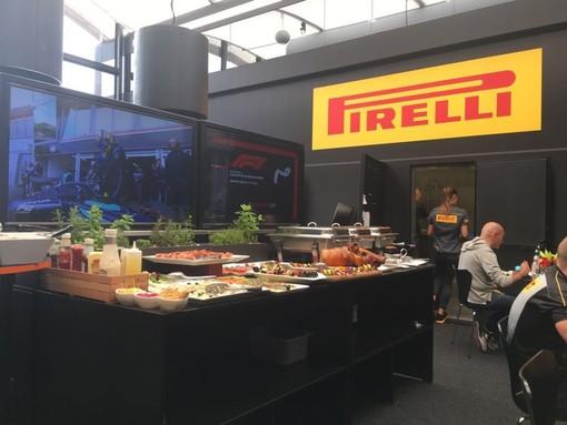 Gran Premio di Montecarlo tra porchetta e champagne. Foto e gossip che non tutti possono raccontare nel menù della Formula 1