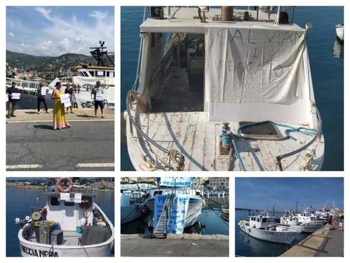 Le sirene di protesta dei pescherecci nei porti di Sanremo e Imperia contro la riduzione dell'attività di pesca (foto e video)