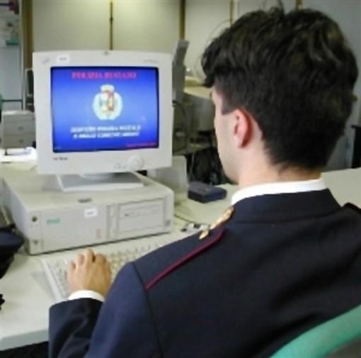 Continua la 'guerra su internet' per le 'scie chimiche': sequestrati i computer dei fratelli Marcianò