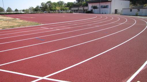 A Imperia riprende anche lo sport: oggi riaprono i cancelli del campo di atletica a Borgo Prino