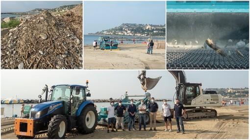 World Cleanup day: il 'pulisci spiaggia' in azione ad Arma di Taggia, è la prima volta in provincia di Imperia