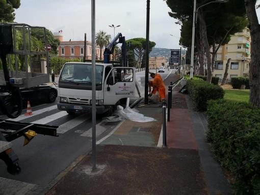Imperia: partiti i lavori per il ripristino del semaforo di viale Matteotti. La riattivazione è prevista per oggi