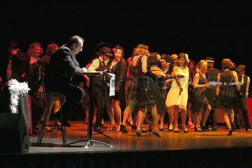 Bordighera: in occasione della Giornata della Memoria, in scena al Palaparco lo spettacolo 'Ridere rende liberi' (foto)