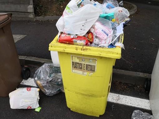 Imperia: appalto rifiuti in bilico, in attesa del parere legale si pensa anche all'ipotesi affidamento in house
