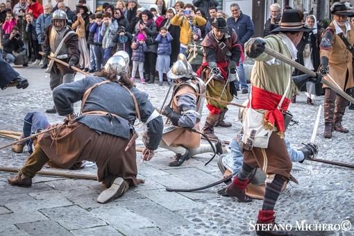 (Una ricca gallery fotografica dalla rievocazione della battaglia dell'anno scorso)