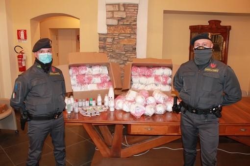 Coronavirus: acquistava mascherine per rivenderle online, la Finanza denuncia un cinquantenne di Pontedassio