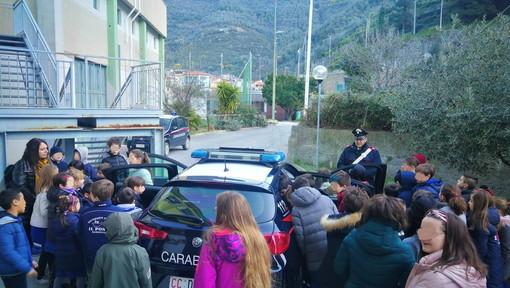 Badalucco: incontro sul tema della legalità tra i Carabinieri e gli alunni delle scuole medie ed elementari