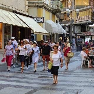 Turismo: l'analisi di metà luglio questa sera alle 20:45 nella puntata di '2 ciapetti con Federico' con imprenditori del settore