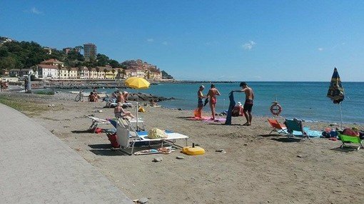 Spiagge libere: riapertura il 3 giugno e la Regione Liguria stanzia 300mila euro per la sicurezza, ieri la delibera di giunta