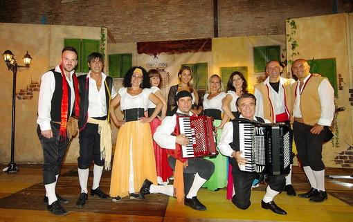 A Villa Scarsella, gran finale per 'Folk in Diano' con gli stornellatori e le canzoni romane