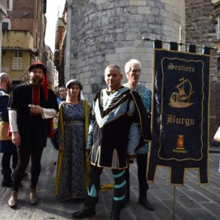 """Ventimiglia: trasferta a Genova per il Sestiere Burgu per l'evento """"I chiostri del tempo di Colombo"""""""