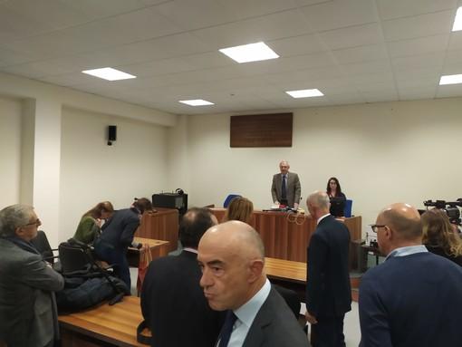 'Furbetti del cartellino' di Sanremo, assolti tutti i dipendenti che avevano scelto il rito abbreviato. Tra loro anche il 'vigile in mutande' (Foto e Video)